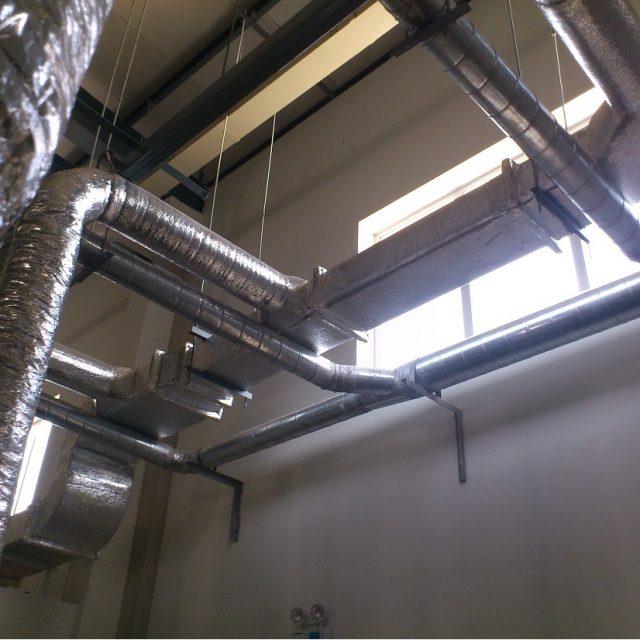 Hệ thống đường ống gió được lắp đặt hoàn chỉnh