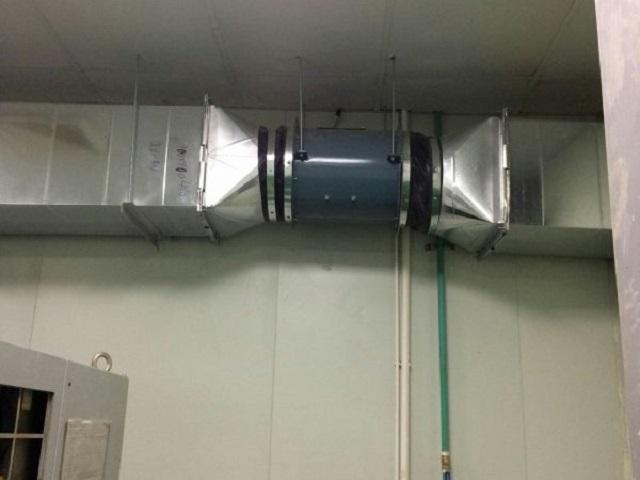 Hệ thống quạt hút khí nóng cho máy CNC