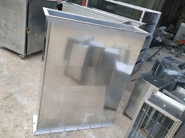 Sản xuất ống gió vuông bích V