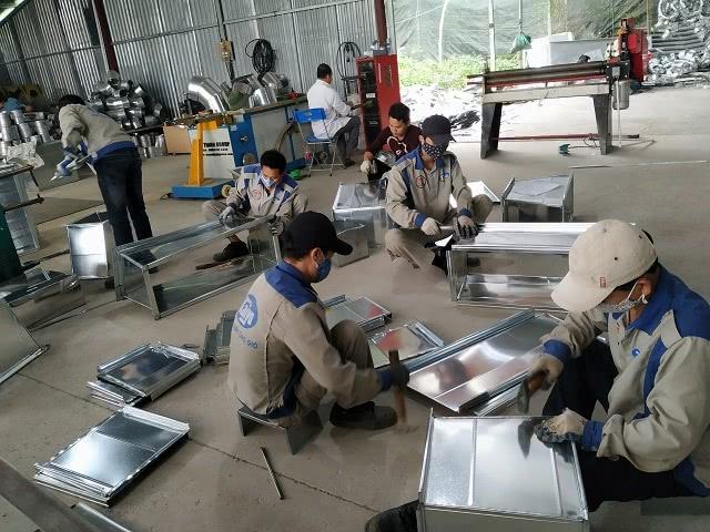 Quá trình sản xuất phụ kiện ống gió