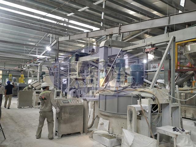 Hệ thống đường ống hút tại nhà máy gạch Quartz Phú Thọ